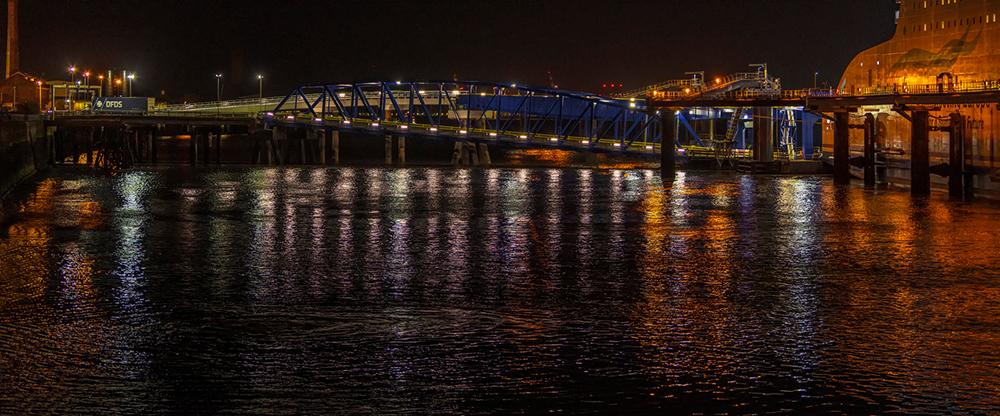 DSC_8420-ferry-lights-rsz_1